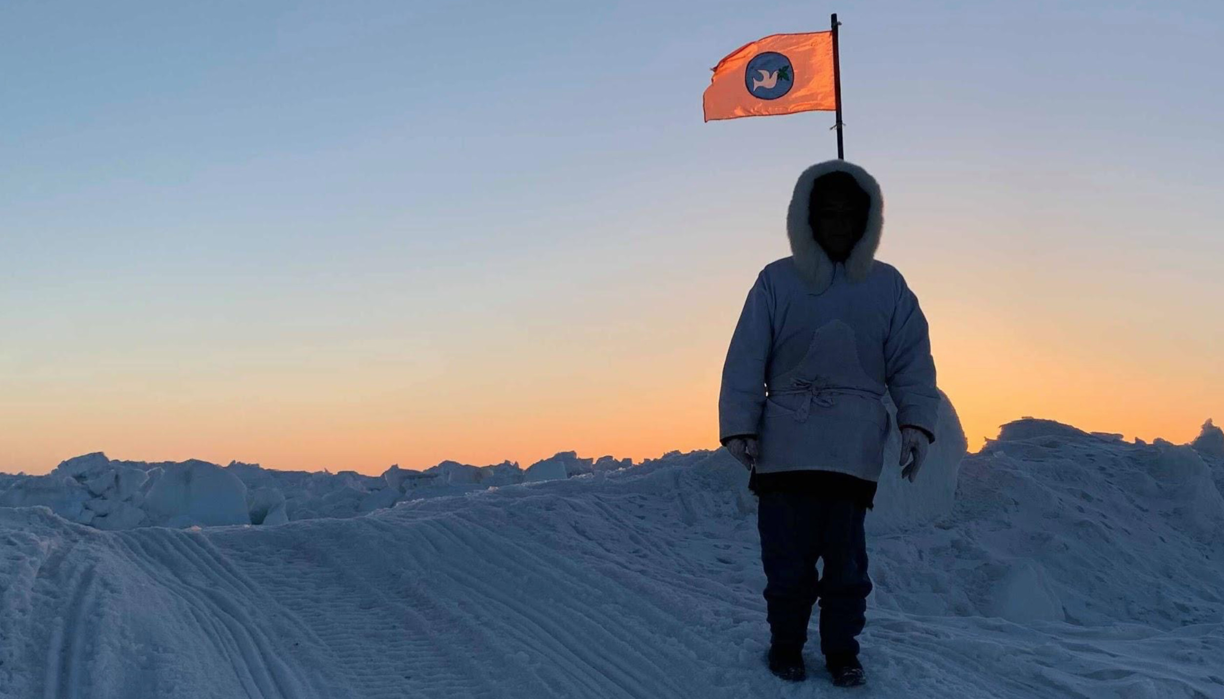 The flag of Gordon Ikayuak Brower successful whaling crew posted on the sea-ice. Photo: Courtesy of Gordon Ikayuak Brower