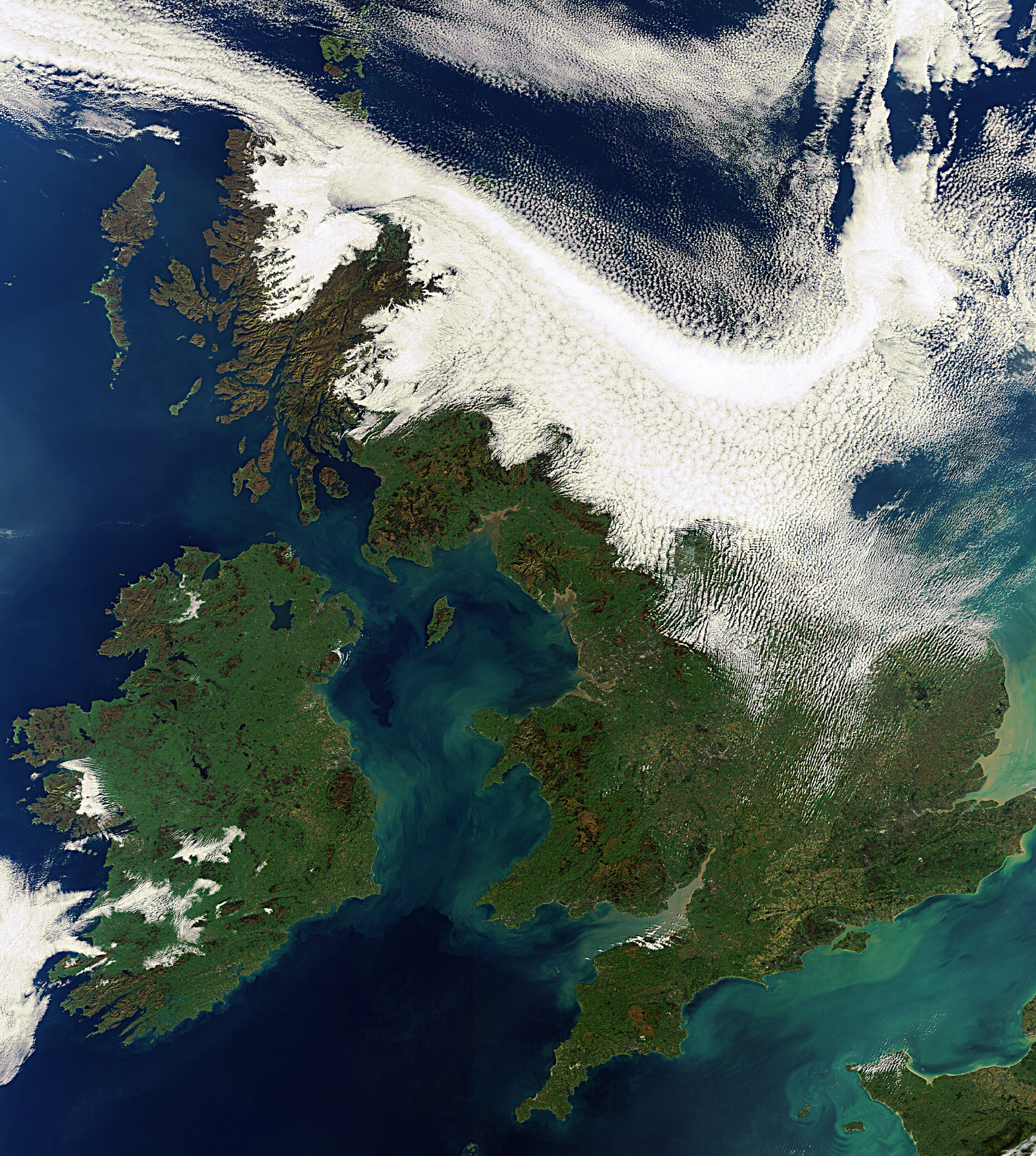 Satellite image of the UK. Photo: MODIS data acquisition by NERC Earth Observation Data Acquisition and Analysis Service (NEODAAS) operated by PML with NCEO.