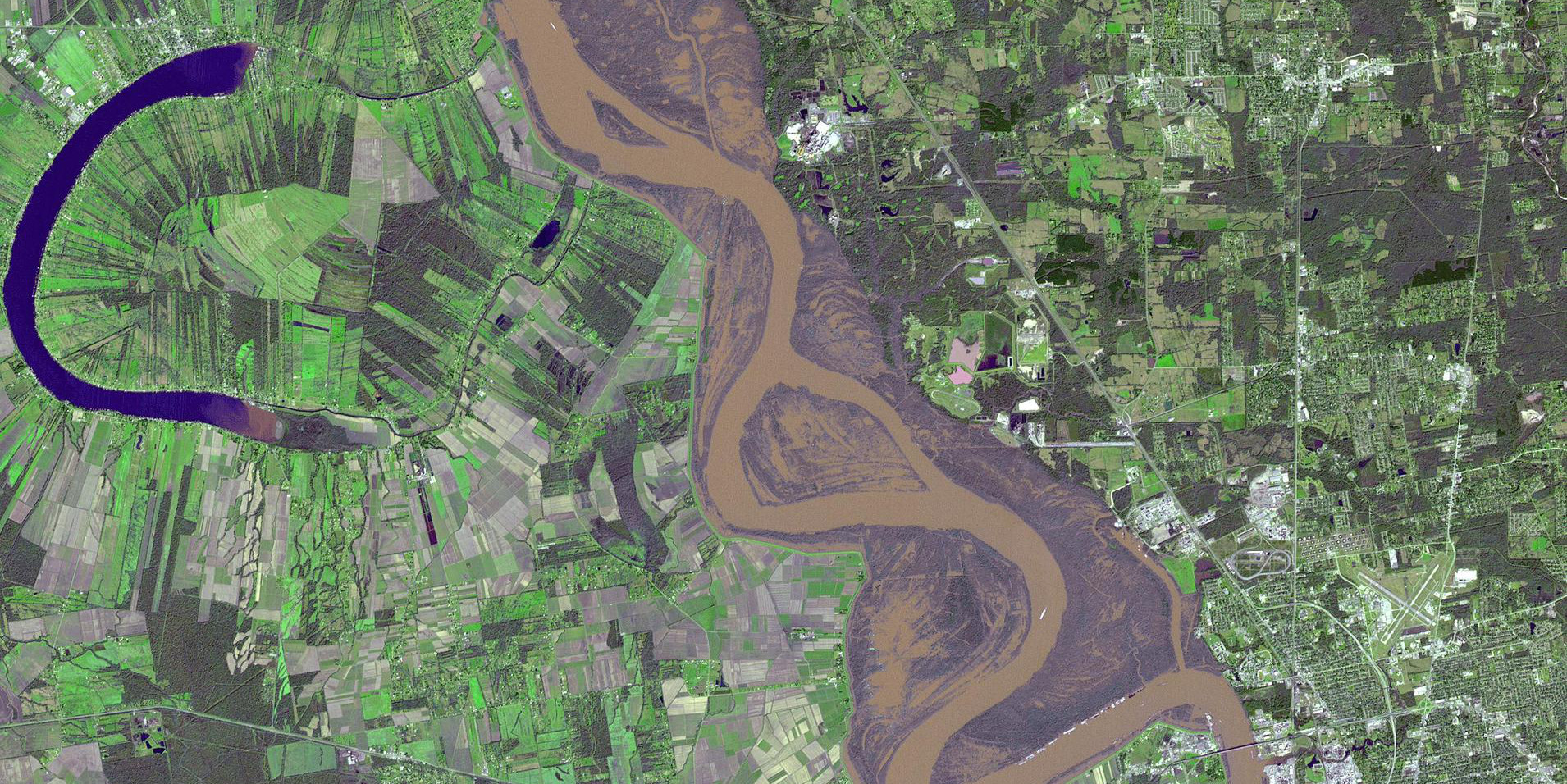 Image Credit: NASA Terra spacecraft shows major flooding along the Mississippi River, 2016.